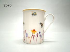 BUSY BEES/MOK HOOG (2570)