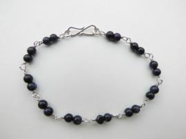 Zilveren blauw zandsteen kralen bracelet.