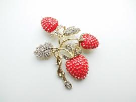 Aardbeien broche