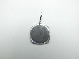 Zilveren graveerplaatje hanger.