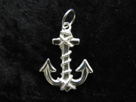 Zilveren anker hanger.