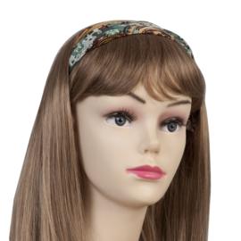 Haarband groen met vleugje bruin.