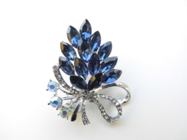 Broche blauw bouquet.
