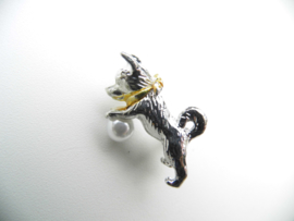 Broche hondje met synth. parel.