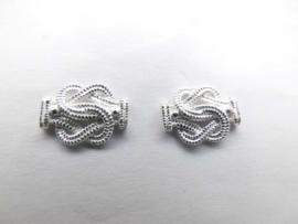 Zilveren mattenklopper oorknoppen (medium)