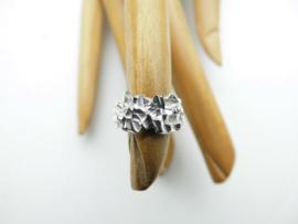 Zilveren piet-piet baby ring.