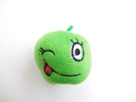 Groene appel knuffeltje/vingerpoppetje.