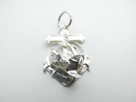 Zilveren anker hanger met haai erop.