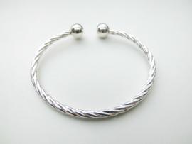 Zilveren armband. (draai scheen)