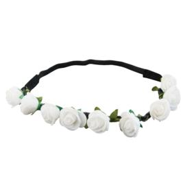 Haarband witte bloemen.