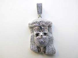 Zilveren Jezus gezicht hanger vol gezet met zirkonia steentjes.