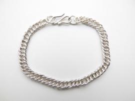 Zilveren bracelet.