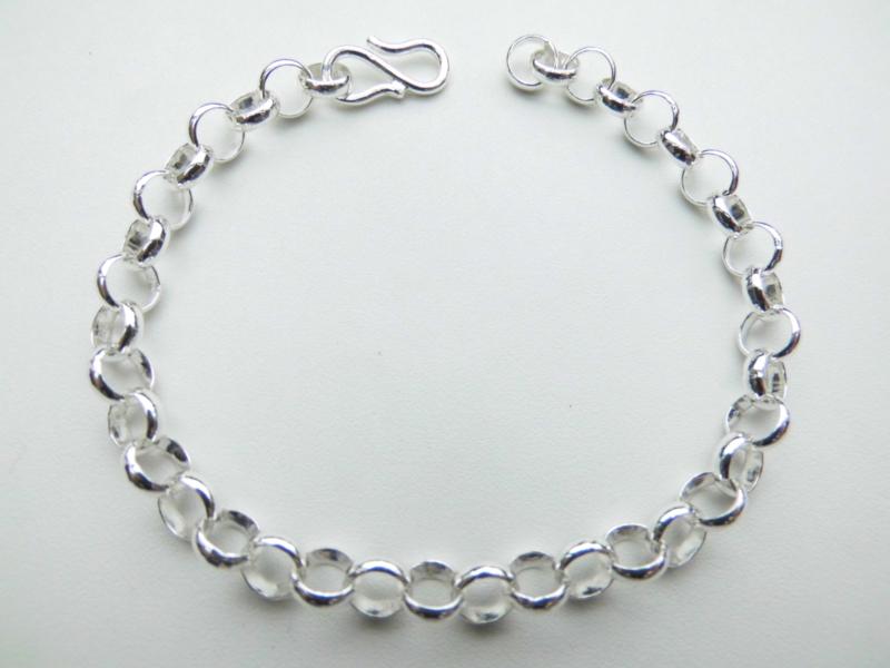 Zilveren lontai bracelet.
