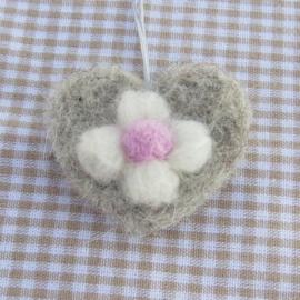 Cadeaulabels - bloemen - compleet met werkbeschrijving en alle materialen (1 ster)