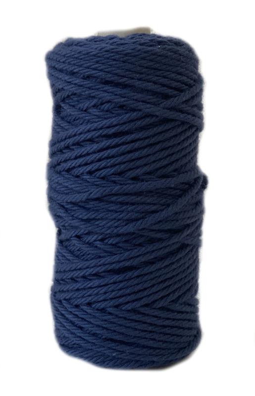 Macrame koord 2 mm blauw ca 55 mtr