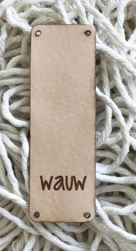 Leren label 9 bij 3 cm  Wauw