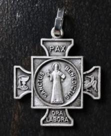 Benedictus schutskruisje | metaal