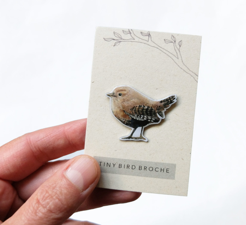 tiny bird broche | Winterkoninkje