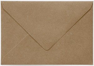 Recycling bruine envelop