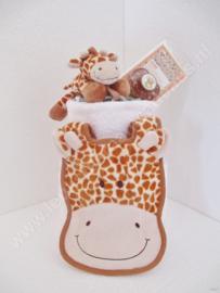 Luiertaart Giraf met speenknuffel 2-laags