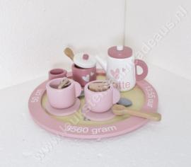 Label Label houten theeservies roze met of zonder geboortegegevens