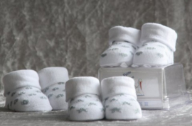 Sokjes in giftbox zilver / wit hartje