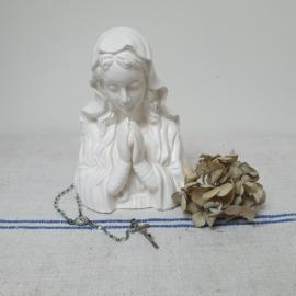 Maria met plantenbakje