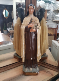 Mooi groot beeld van Heilige Rita