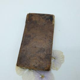 Klein, bruin misboekje uit Frankrijk 1826 (15)