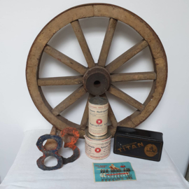 Oud, eiken wiel