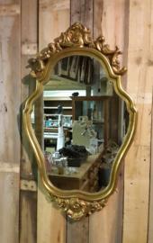 Sierlijke goudkleurige lijst met facetgeslepen spiegel