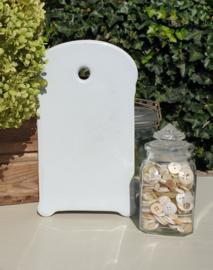 Wit snijplankje van aardewerk