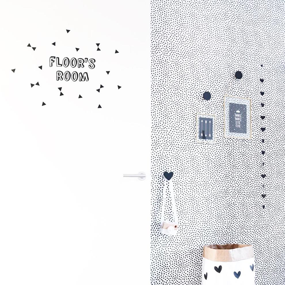 kinderkamer Floor naamsticker decoratie.jpg