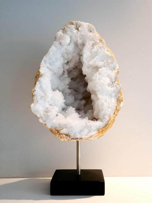 Bergkristal op standaard zilver/zwart XL