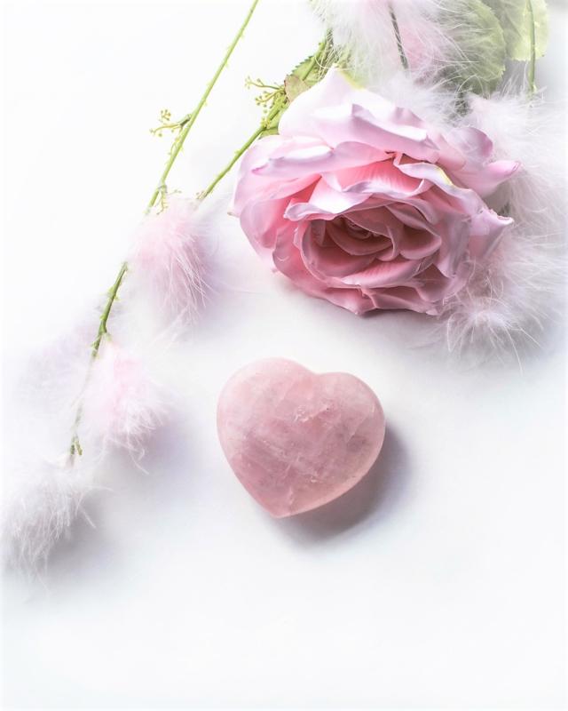 Rozenkwarts Puffed Hearts in verschillende maten