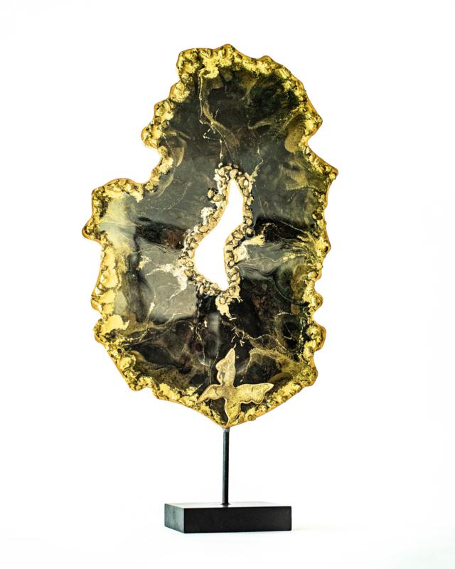 Resin Art Geode op standaard Golden Fury