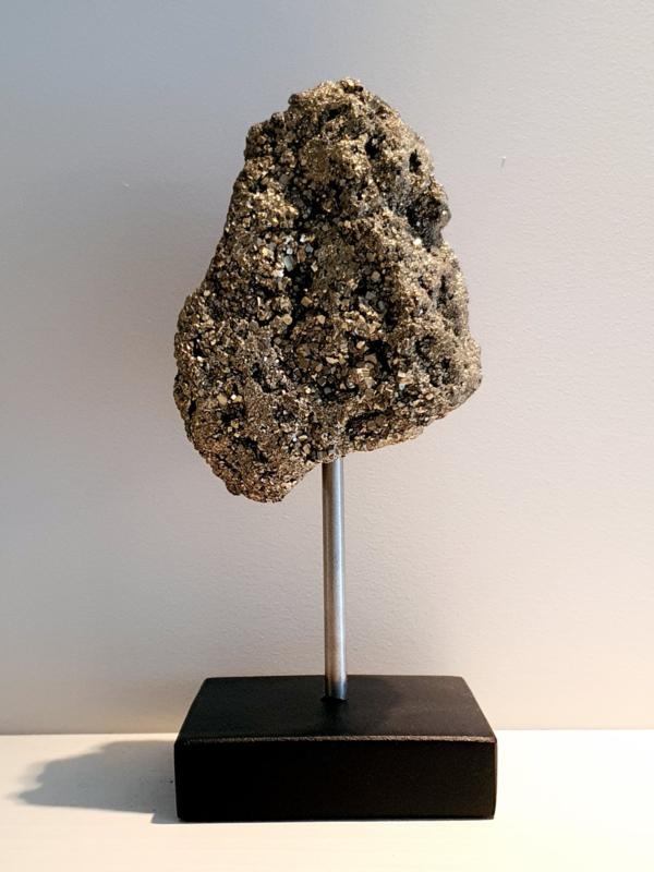 Pyriet op standaard zilver/zwart M