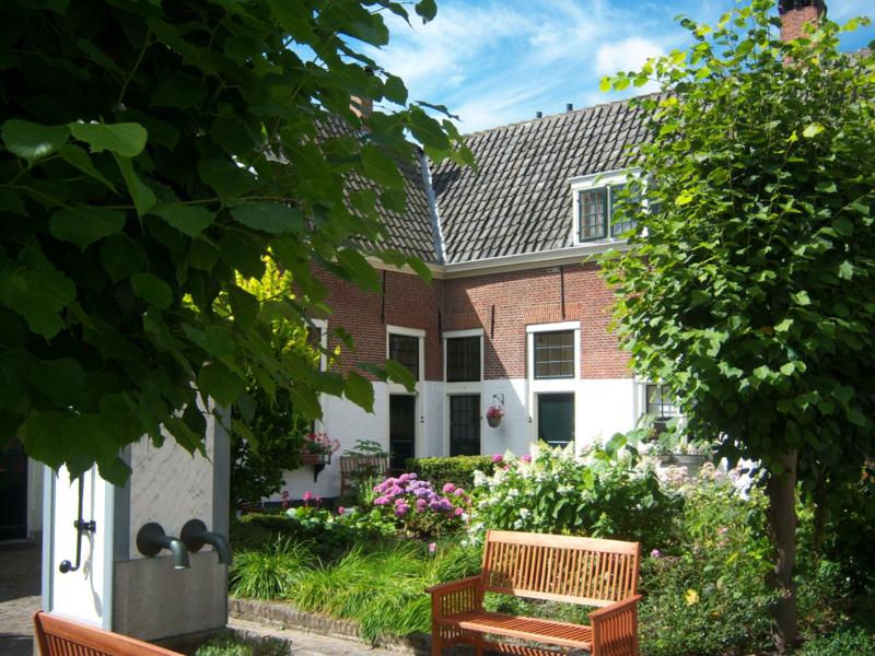 Rondleiding Hofjes Utrecht met gids Hans Pleging!