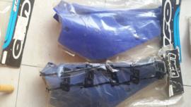 93-02 YAMAHA YZ80 Zijkappen donker-blauw.