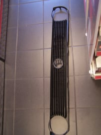 grille VW Polo 1982--1994