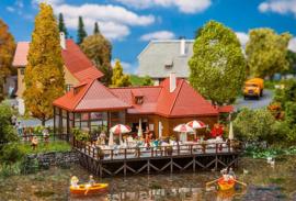 Café aan het meer Faller 130505
