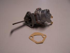Benzinepomp Renault  Clio  1.4  carburateur
