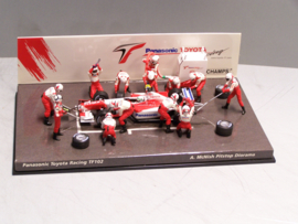 Panasonic Toyopta Racing TF 102  McNish Pitstop diorama