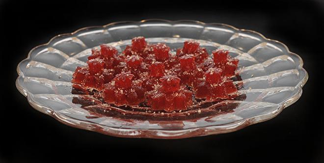 Jamsnoepjes gemaakt van aardbeienjam