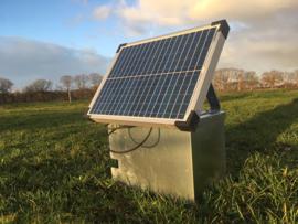 Montagekast inclusief 20 watt zonnepaneel en 10 A laadregelaar