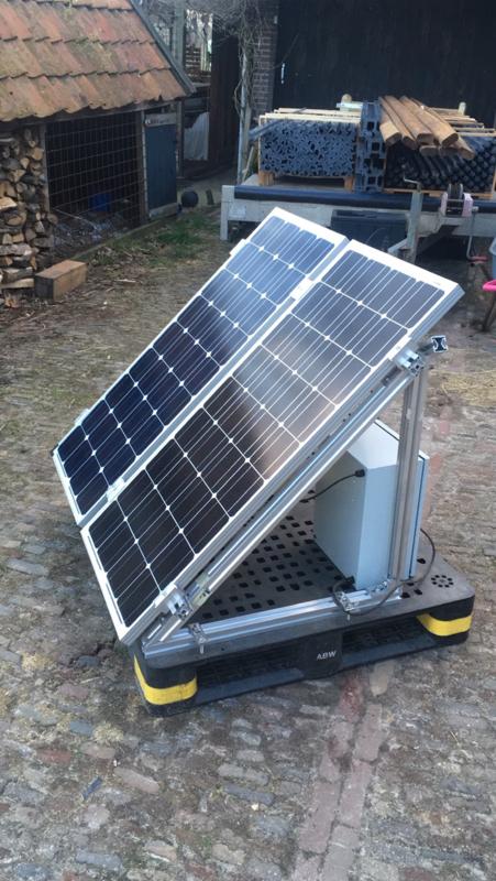 Mobiel Plas dras Systeem 4 x 130 Watt, 125 Ah accu, 2000GPH pomp,