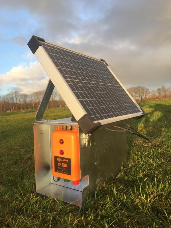 Gallagher B60 met Solarfence zonnepaneel en stalen kast