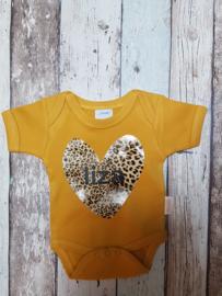 Oker gele romper tijgerprint hart met naam