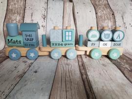 Little Dutch trein met geboortegegevens