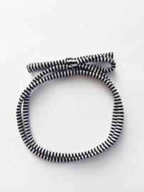 Haarstrikbandje Zwart wit streepje